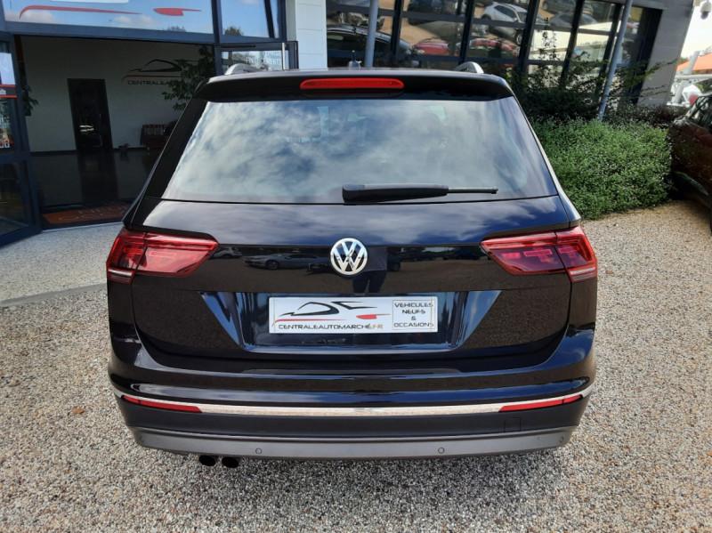 Photo 12 de l'offre de VOLKSWAGEN TIGUAN 2.0 TDI 150 BMT DSG7 4Motion Exclusive à 29900€ chez Centrale Auto Marché Mussidan