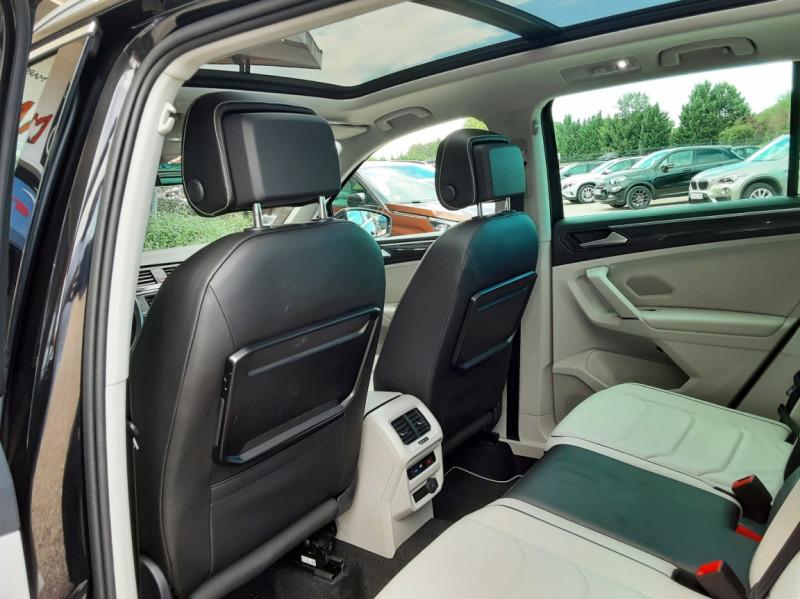 Photo 31 de l'offre de VOLKSWAGEN TIGUAN 2.0 TDI 150 BMT DSG7 4Motion Exclusive à 29900€ chez Centrale Auto Marché Mussidan