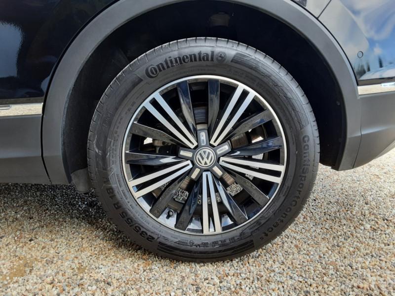 Photo 49 de l'offre de VOLKSWAGEN TIGUAN 2.0 TDI 150 BMT DSG7 4Motion Exclusive à 29900€ chez Centrale Auto Marché Mussidan