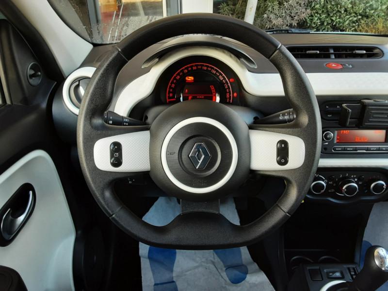 Photo 11 de l'offre de RENAULT TWINGO III 1.0 SCe 70 E6C Zen à 9490€ chez Centrale Auto Marché Mussidan
