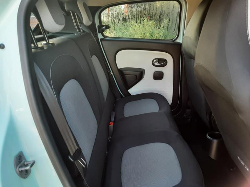 Photo 15 de l'offre de RENAULT TWINGO III 1.0 SCe 70 E6C Zen à 9490€ chez Centrale Auto Marché Mussidan