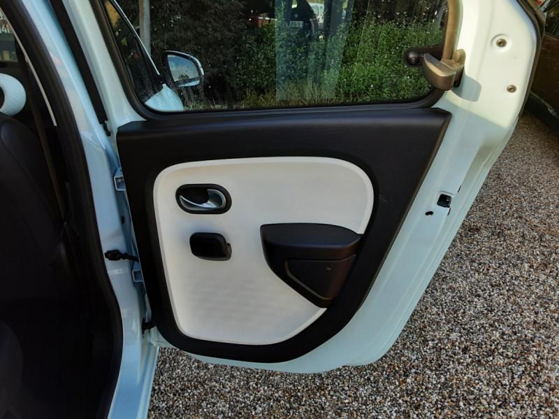 Photo 10 de l'offre de RENAULT TWINGO III 1.0 SCe 70 E6C Zen à 9490€ chez Centrale Auto Marché Mussidan