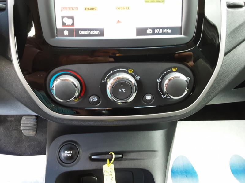 Photo 41 de l'offre de RENAULT CAPTUR dCi 90 Energy eco² Business à 14990€ chez Centrale Auto Marché Mussidan
