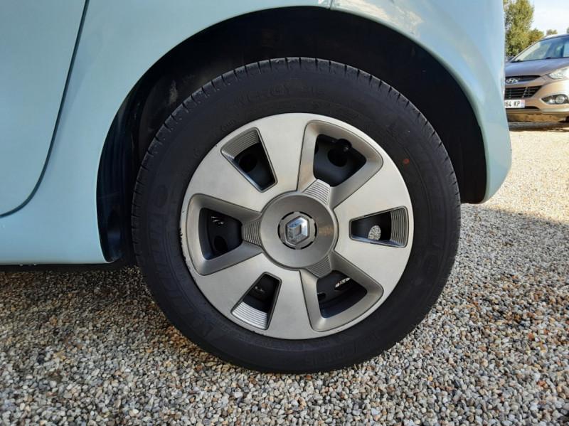Photo 7 de l'offre de RENAULT TWINGO III 1.0 SCe 70 E6C Zen à 9490€ chez Centrale Auto Marché Mussidan