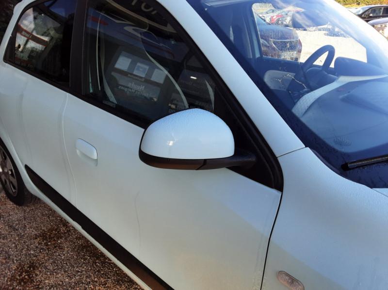 Photo 43 de l'offre de RENAULT TWINGO III 1.0 SCe 70 E6C Zen à 9490€ chez Centrale Auto Marché Mussidan