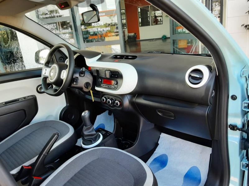 Photo 30 de l'offre de RENAULT TWINGO III 1.0 SCe 70 E6C Zen à 9490€ chez Centrale Auto Marché Mussidan