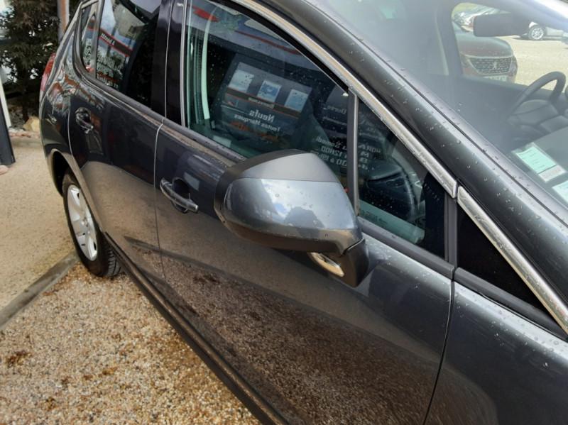 Photo 37 de l'offre de PEUGEOT 3008 3008 1.6 BlueHDi 120ch SetS BVM6 Business Pack à 11800€ chez Centrale Auto Marché Mussidan