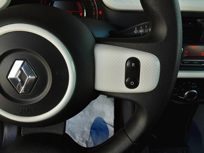 Photo 13 de l'offre de RENAULT TWINGO III 1.0 SCe 70 E6C Zen à 9490€ chez Centrale Auto Marché Mussidan
