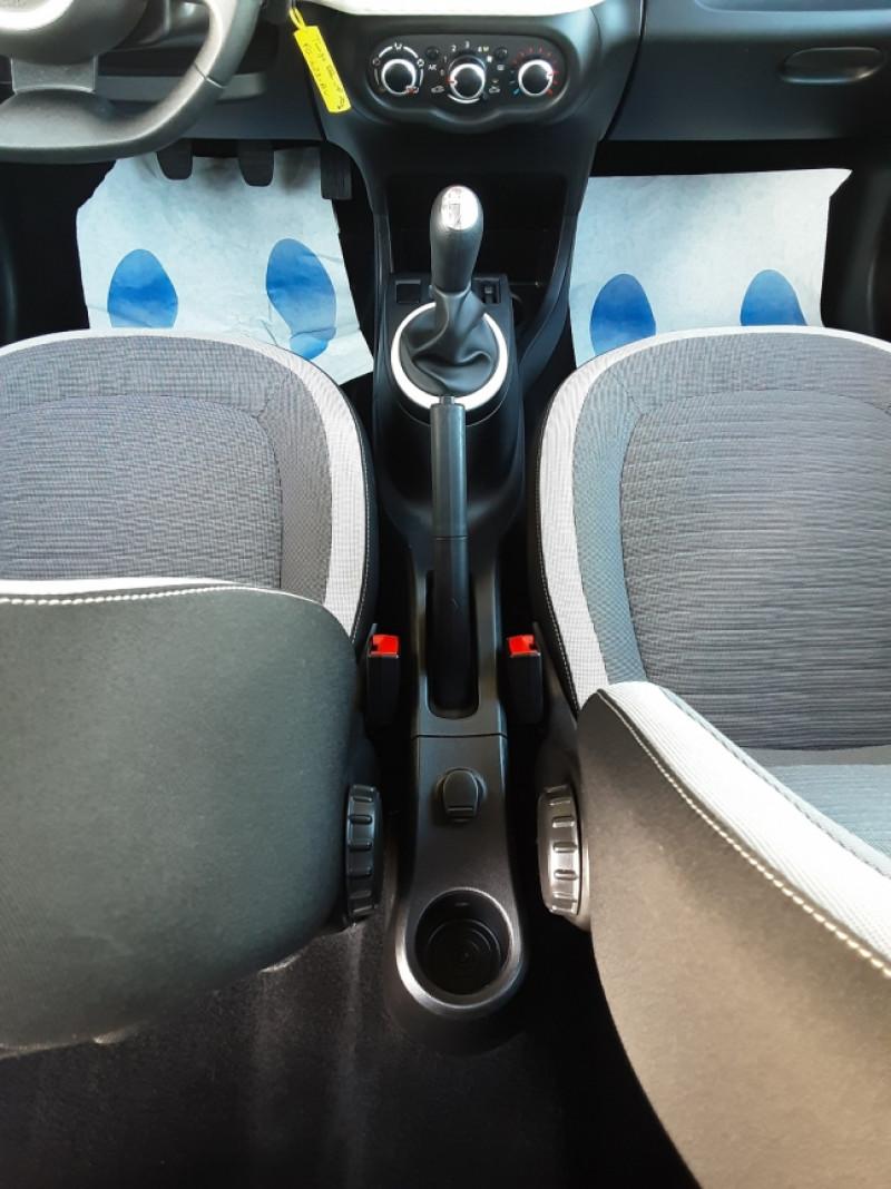 Photo 18 de l'offre de RENAULT TWINGO III 1.0 SCe 70 E6C Zen à 9490€ chez Centrale Auto Marché Mussidan