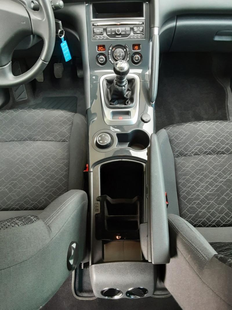Photo 21 de l'offre de PEUGEOT 3008 3008 1.6 BlueHDi 120ch SetS BVM6 Business Pack à 11800€ chez Centrale Auto Marché Mussidan