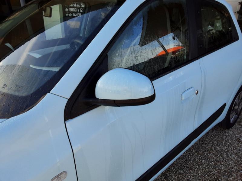 Photo 50 de l'offre de RENAULT TWINGO III 1.0 SCe 70 E6C Zen à 9490€ chez Centrale Auto Marché Mussidan