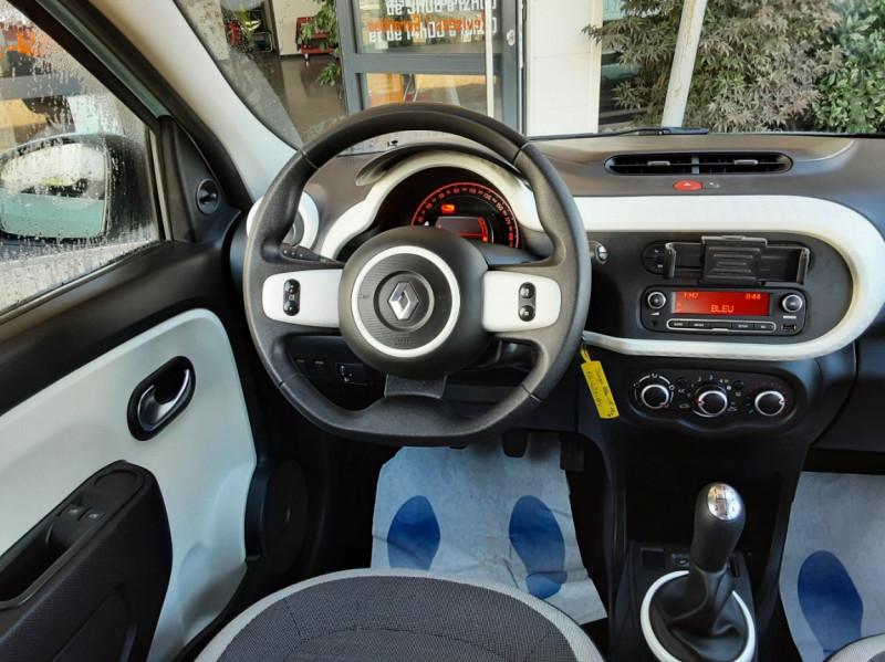 Photo 37 de l'offre de RENAULT TWINGO III 1.0 SCe 70 E6C Zen à 9490€ chez Centrale Auto Marché Mussidan