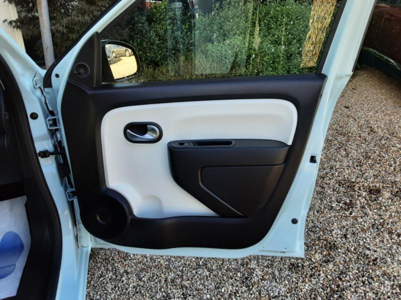Photo 47 de l'offre de RENAULT TWINGO III 1.0 SCe 70 E6C Zen à 9490€ chez Centrale Auto Marché Mussidan