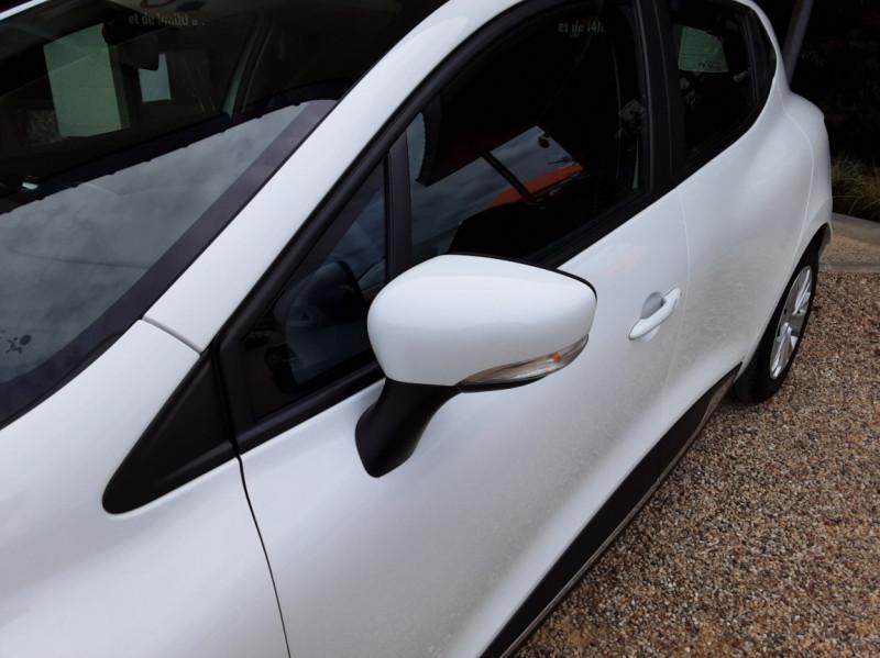 Photo 8 de l'offre de RENAULT CLIO IV Tce 75ch Trend à 8490€ chez Centrale Auto Marché Mussidan