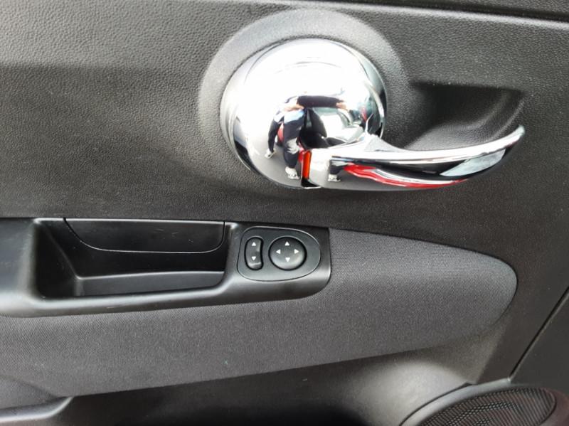 Photo 17 de l'offre de FIAT 500 C 1.2 69 ch Lounge  à 12990€ chez Centrale Auto Marché Mussidan