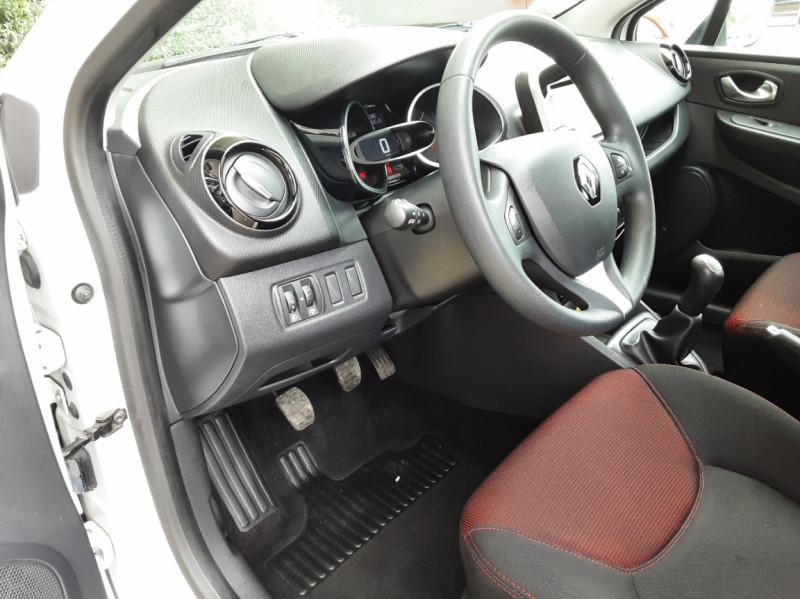 Photo 18 de l'offre de RENAULT CLIO IV Tce 75ch Trend à 8490€ chez Centrale Auto Marché Mussidan