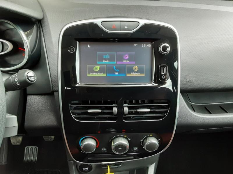 Photo 38 de l'offre de RENAULT CLIO IV Tce 75ch Trend à 8490€ chez Centrale Auto Marché Mussidan