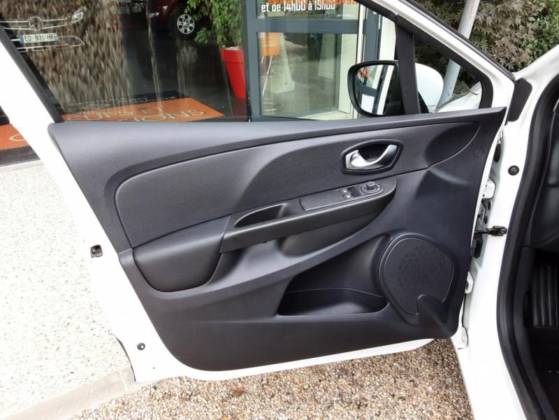 Photo 19 de l'offre de RENAULT CLIO IV Tce 75ch Trend à 8490€ chez Centrale Auto Marché Mussidan