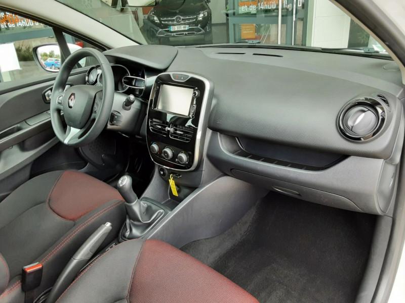Photo 27 de l'offre de RENAULT CLIO IV Tce 75ch Trend à 8490€ chez Centrale Auto Marché Mussidan