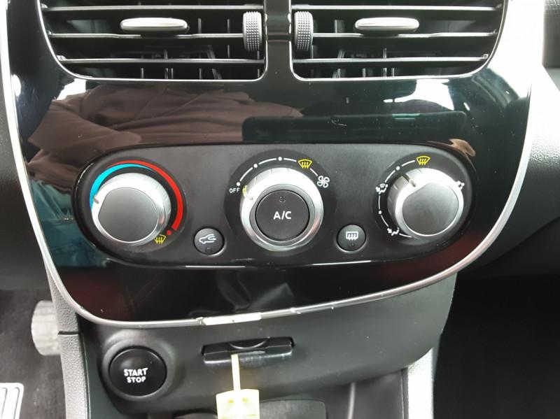 Photo 44 de l'offre de RENAULT CLIO IV Tce 75ch Trend à 8490€ chez Centrale Auto Marché Mussidan