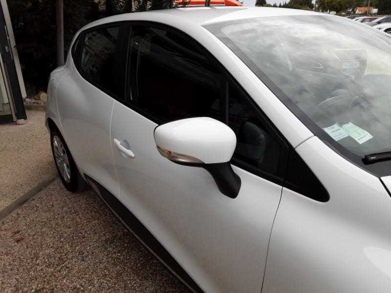 Photo 10 de l'offre de RENAULT CLIO IV Tce 75ch Trend à 8490€ chez Centrale Auto Marché Mussidan
