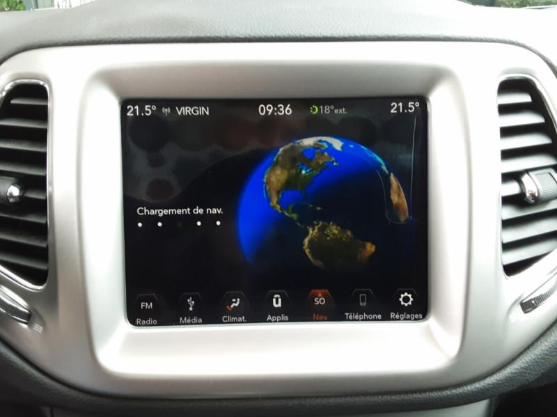Photo 44 de l'offre de JEEP COMPASS 1.6 I MultiJet II 120 ch BVM6 Longitude business à 20990€ chez Centrale Auto Marché Mussidan