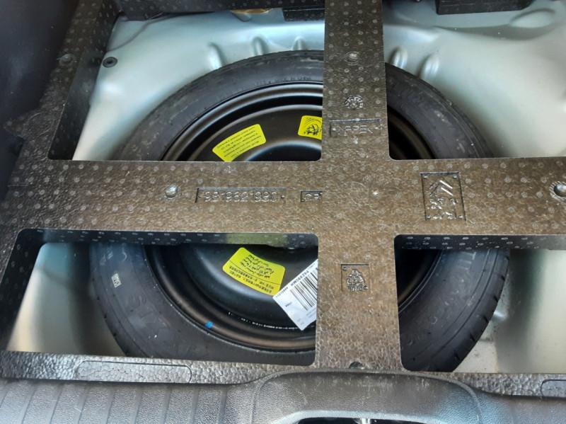 Photo 25 de l'offre de PEUGEOT 208 AFFAIRE 1.6 BLUEHDI 100 BVM5 PREMIUM à 8490€ chez Centrale Auto Marché Mussidan