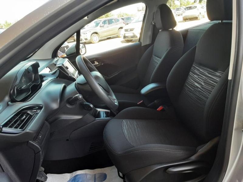 Photo 43 de l'offre de PEUGEOT 208 AFFAIRE 1.6 BLUEHDI 100 BVM5 PREMIUM à 8490€ chez Centrale Auto Marché Mussidan