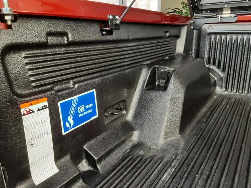 Photo 8 de l'offre de FORD RANGER DOUBLE CABINE 2.2 TDCi 160CH SetS 4X4 XLT SPORT à 28900€ chez Centrale Auto Marché Mussidan