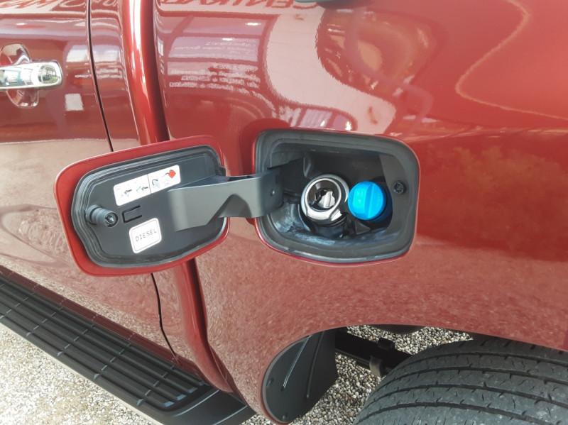 Photo 19 de l'offre de FORD RANGER DOUBLE CABINE 2.2 TDCi 160CH SetS 4X4 XLT SPORT à 28900€ chez Centrale Auto Marché Mussidan