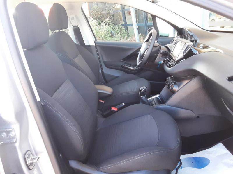 Photo 22 de l'offre de PEUGEOT 208 AFFAIRE 1.6 BLUEHDI 100 BVM5 PREMIUM à 8490€ chez Centrale Auto Marché Mussidan