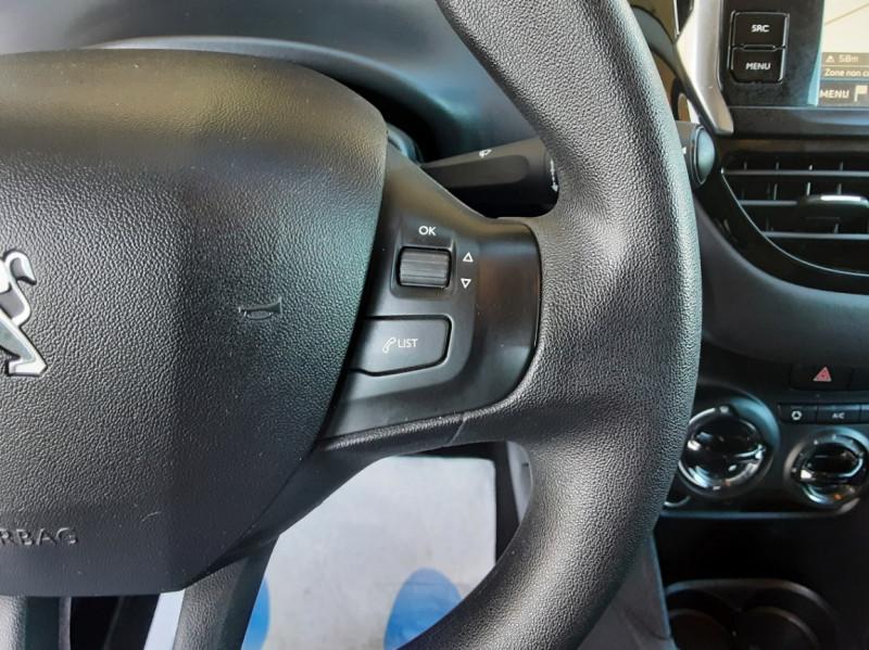 Photo 11 de l'offre de PEUGEOT 208 AFFAIRE 1.6 BLUEHDI 100 BVM5 PREMIUM à 8490€ chez Centrale Auto Marché Mussidan