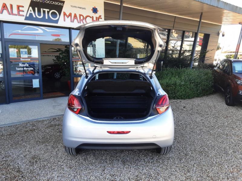 Photo 44 de l'offre de PEUGEOT 208 AFFAIRE 1.6 BLUEHDI 100 BVM5 PREMIUM à 8490€ chez Centrale Auto Marché Mussidan