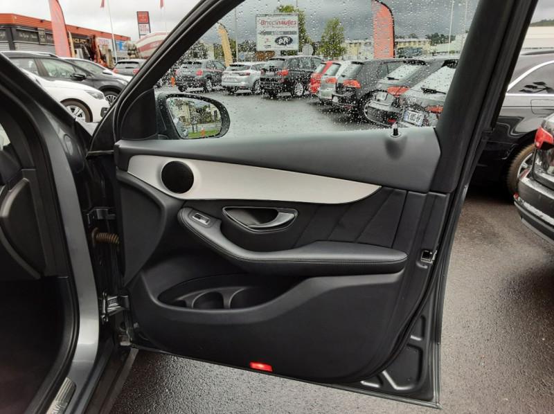 Photo 16 de l'offre de MERCEDES-BENZ CLASSE GLC 250 d 9G-TRONIC 4Matic Business Executive à 35990€ chez Centrale Auto Marché Mussidan