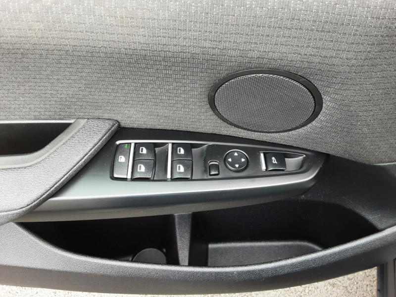 Photo 22 de l'offre de BMW X3 sDrive18d 150ch BUSINESS A à 23990€ chez Centrale Auto Marché Mussidan