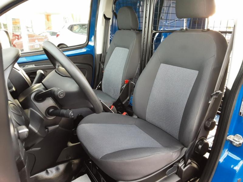 Photo 26 de l'offre de PEUGEOT BIPPER L1 1.3 HDI 75 FAP PACK CLIM PLUS à 9900€ chez Centrale Auto Marché Mussidan