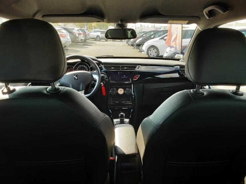 Photo 14 de l'offre de DS DS3 BlueHDi 100 SetS BVM5 So Chic à 13990€ chez Centrale Auto Marché Mussidan