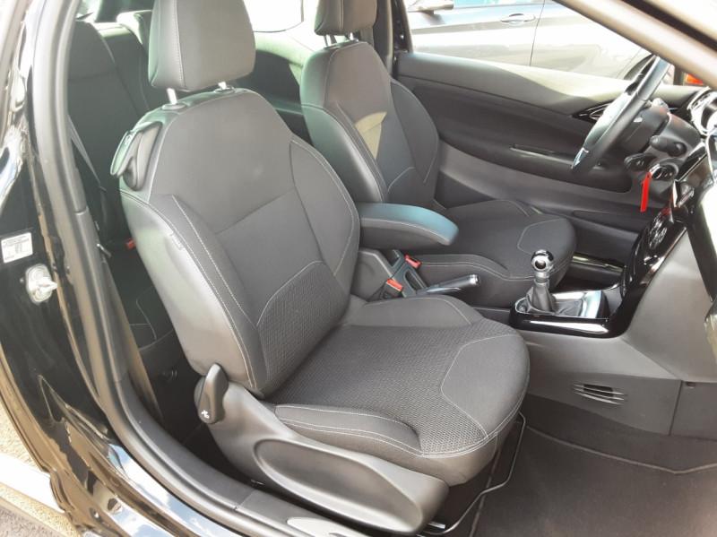 Photo 48 de l'offre de DS DS3 BlueHDi 100 SetS BVM5 So Chic à 13990€ chez Centrale Auto Marché Mussidan