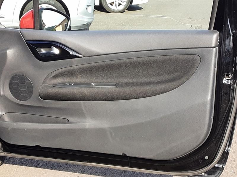 Photo 43 de l'offre de DS DS3 BlueHDi 100 SetS BVM5 So Chic à 13990€ chez Centrale Auto Marché Mussidan
