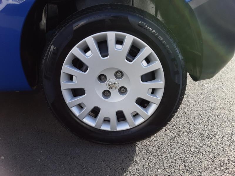 Photo 10 de l'offre de PEUGEOT BIPPER L1 1.3 HDI 75 FAP PACK CLIM PLUS à 9900€ chez Centrale Auto Marché Mussidan
