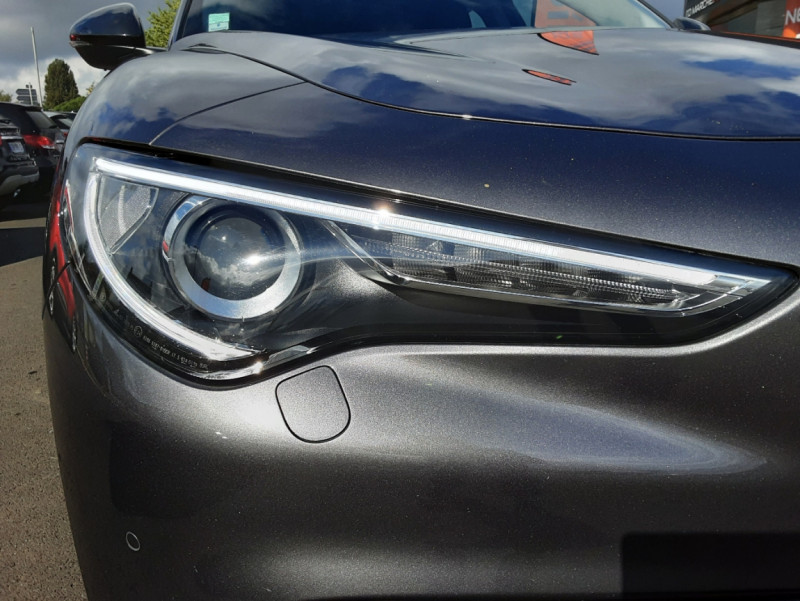 Photo 48 de l'offre de ALFA ROMEO STELVIO 2.2 190 ch AT8 Super  à 32900€ chez Centrale Auto Marché Mussidan