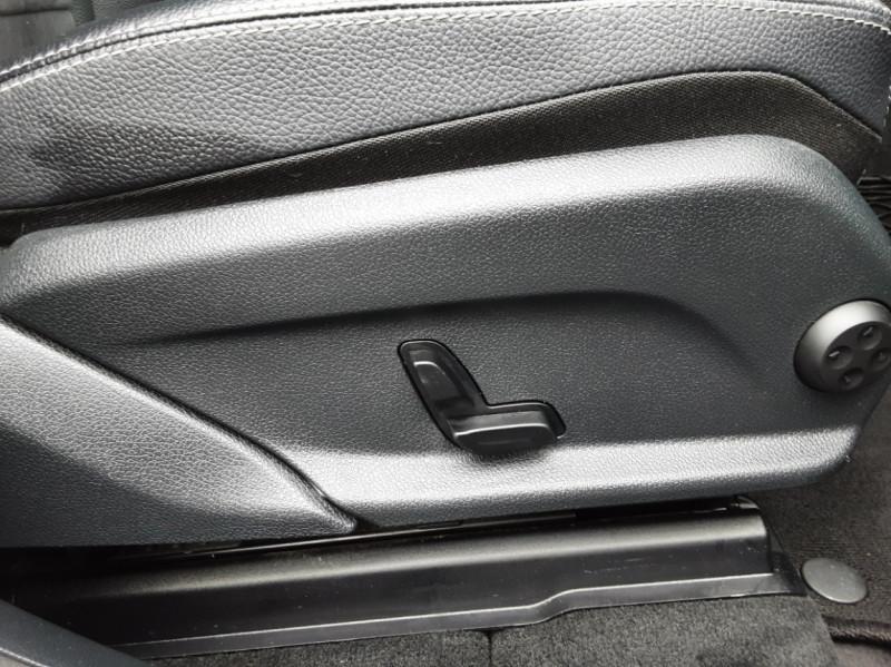 Photo 24 de l'offre de MERCEDES-BENZ CLASSE GLC 250 d 9G-TRONIC 4Matic Business Executive à 35990€ chez Centrale Auto Marché Mussidan