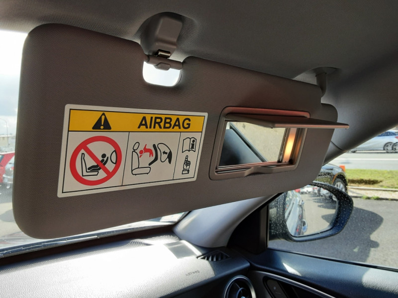 Photo 36 de l'offre de ALFA ROMEO STELVIO 2.2 190 ch AT8 Super  à 32900€ chez Centrale Auto Marché Mussidan