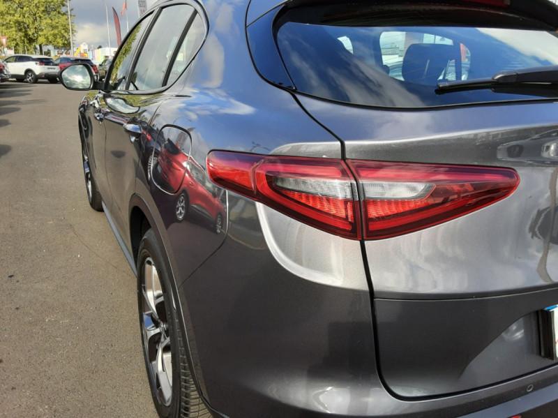 Photo 9 de l'offre de ALFA ROMEO STELVIO 2.2 190 ch AT8 Super  à 32900€ chez Centrale Auto Marché Mussidan