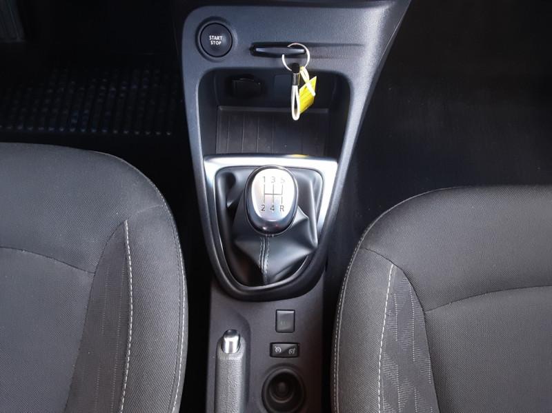 Photo 36 de l'offre de RENAULT CAPTUR Captur TCe 90 Zen à 13990€ chez Centrale Auto Marché Mussidan
