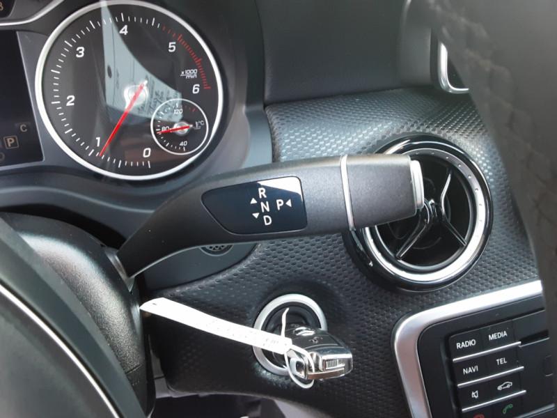 Photo 49 de l'offre de MERCEDES-BENZ CLASSE A 180 d 7G-DCT Business Edition à 17700€ chez Centrale Auto Marché Mussidan