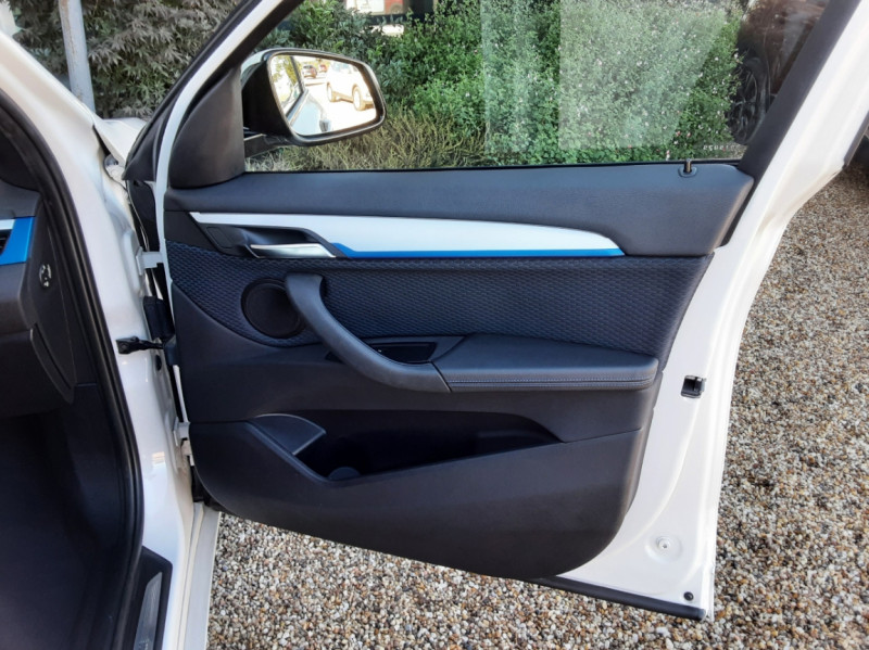 Photo 22 de l'offre de BMW X1 xDrive 18d 150 ch BVA8 M-Sport à 29990€ chez Centrale Auto Marché Mussidan