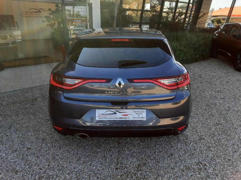 Photo 12 de l'offre de RENAULT MEGANE Mégane IV Berline dCi 110 Energy Intens à 13490€ chez Centrale Auto Marché Mussidan