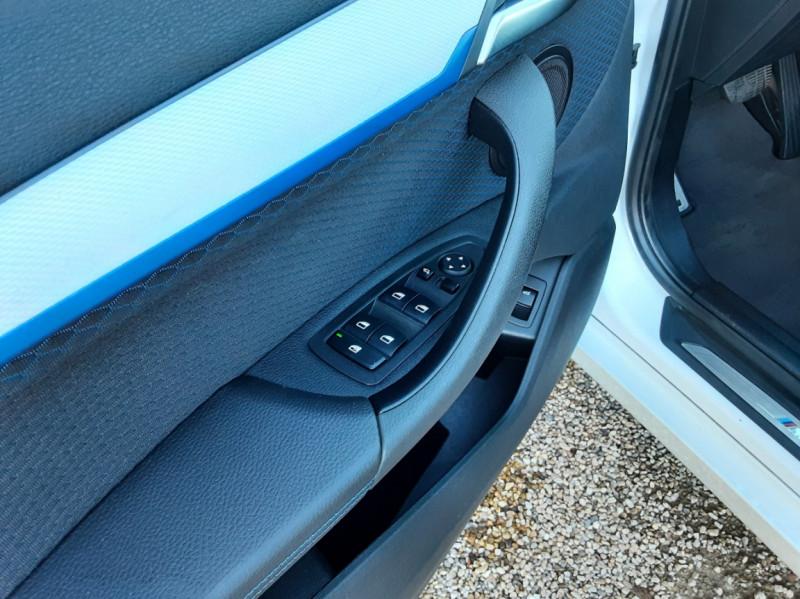 Photo 24 de l'offre de BMW X1 xDrive 18d 150 ch BVA8 M-Sport à 29990€ chez Centrale Auto Marché Mussidan