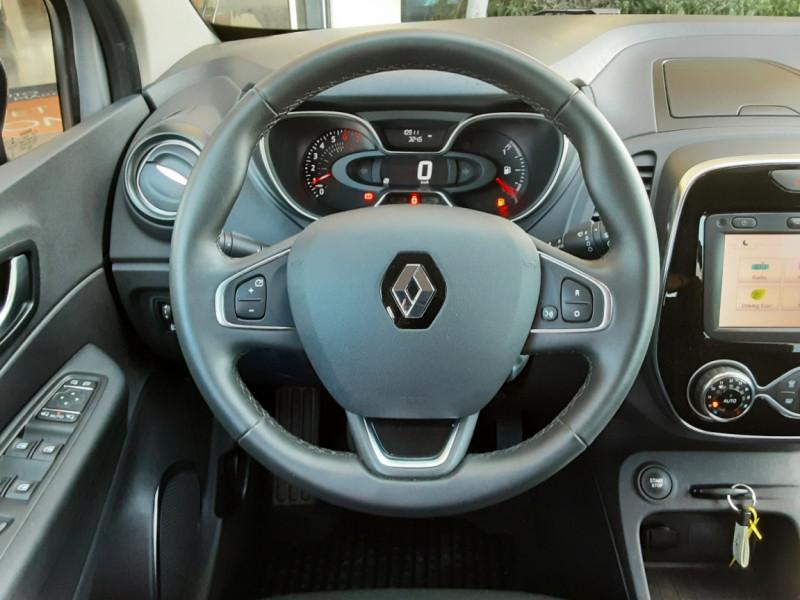 Photo 38 de l'offre de RENAULT CAPTUR Captur TCe 90 Zen à 13990€ chez Centrale Auto Marché Mussidan